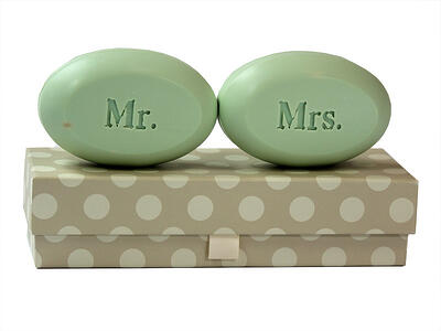 mr-mrs - personalized wedding gifts