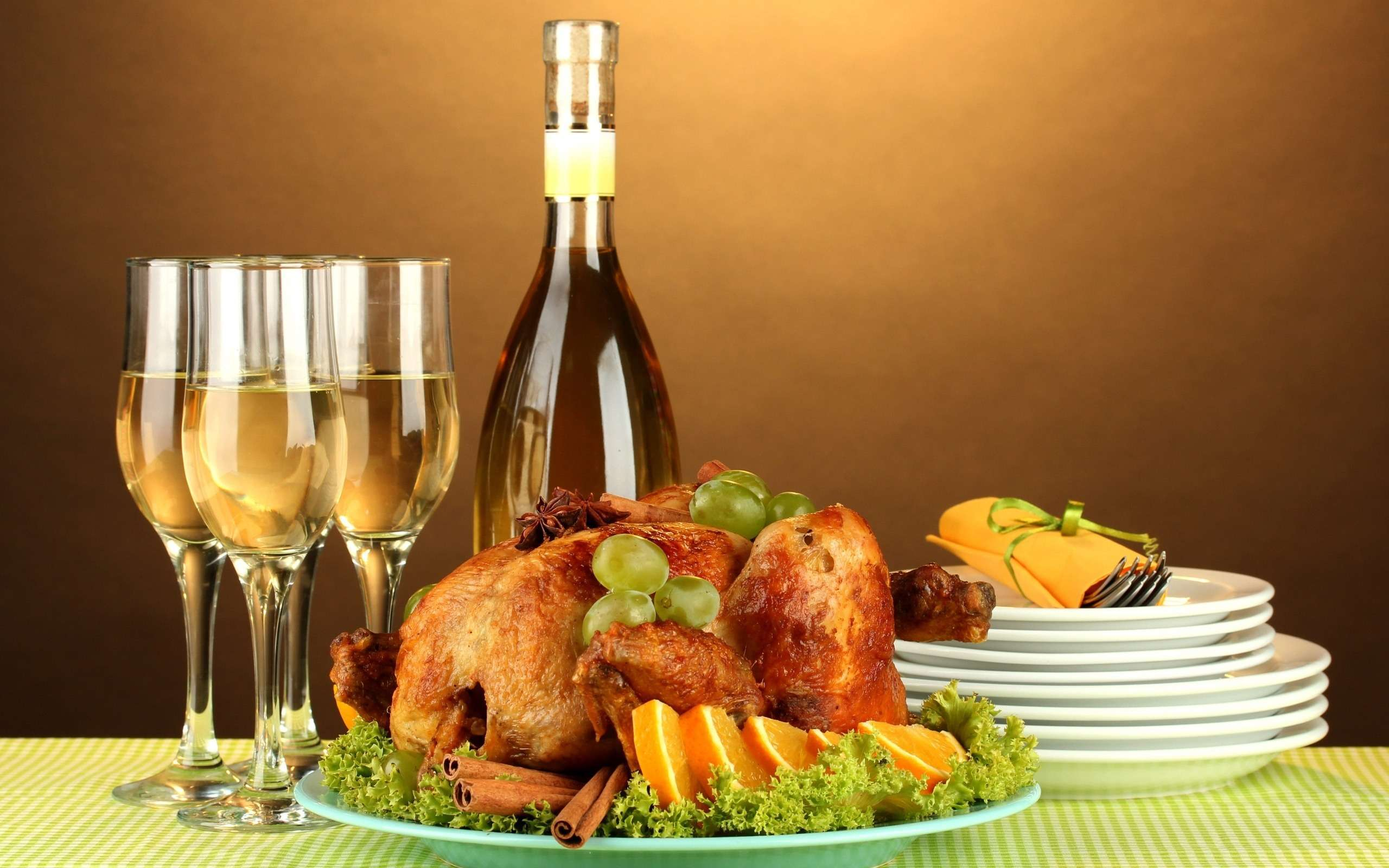 10 tips to avoid holiday overeating holiday_overeating