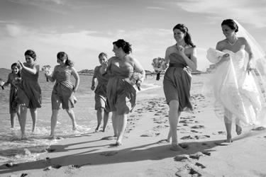 beach-wedding-moment-hd-desktop-wallpaper
